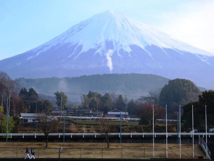 Dシリーズ試合前の富士山